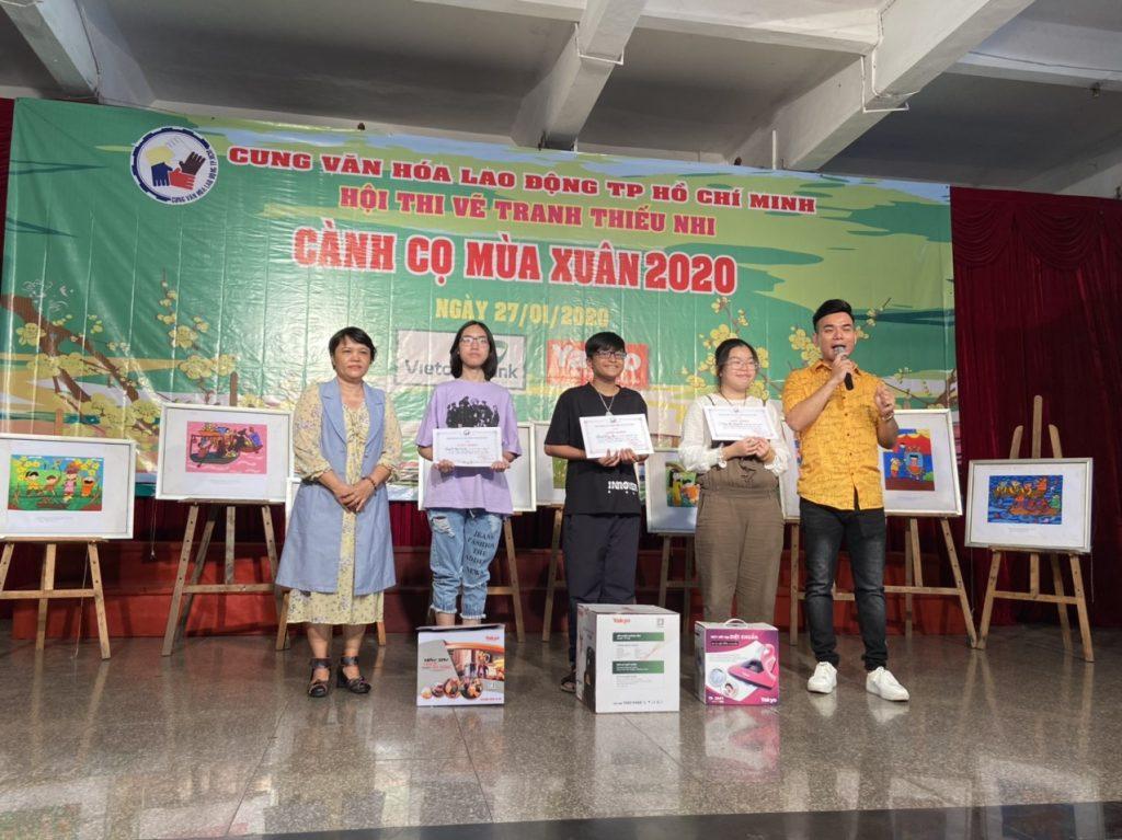 yakyo-tai-tro-canh-co-mua-xuan-2020